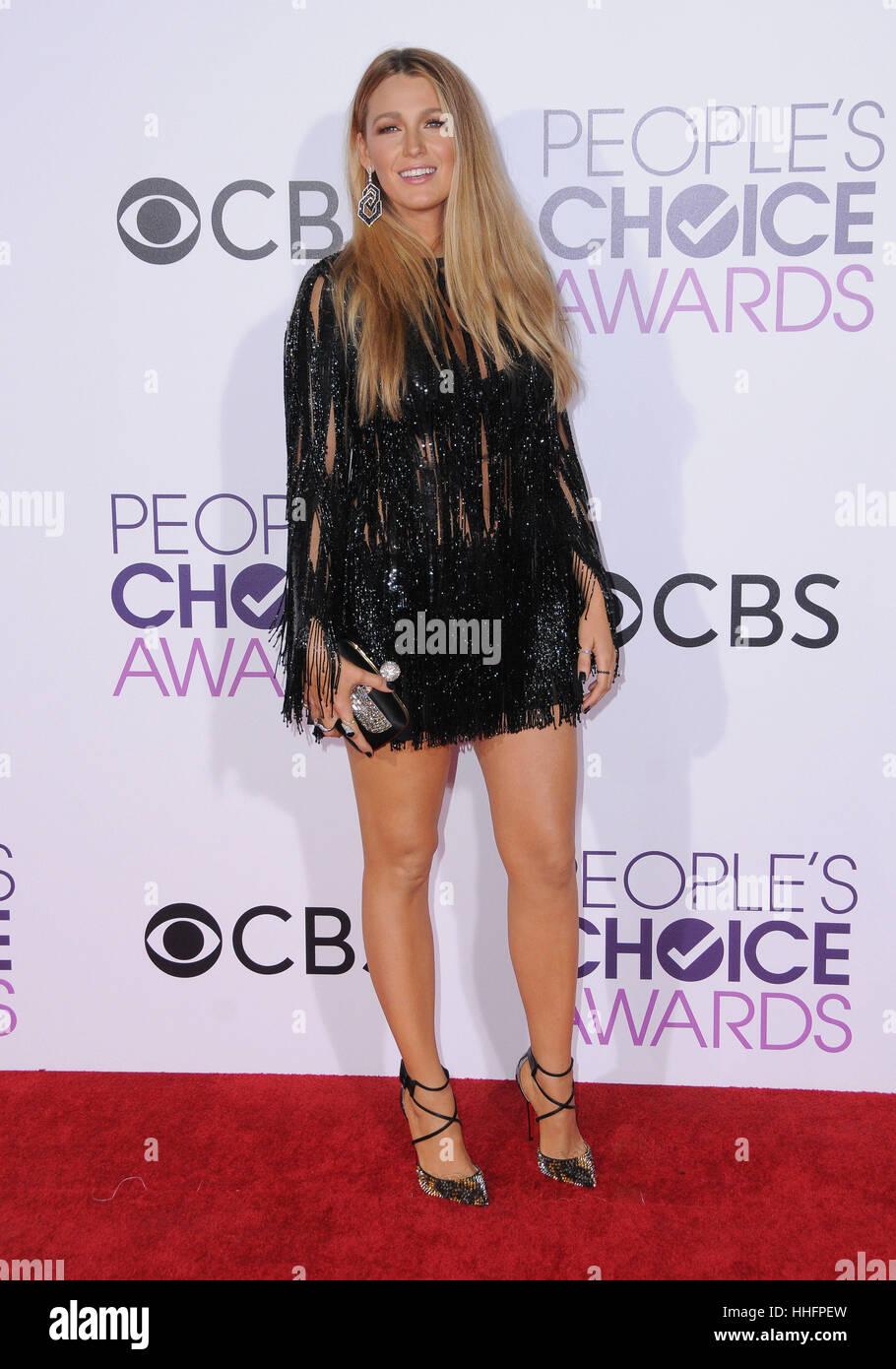 Los Angeles, CA, EE.UU. 18 ene, 2017. Blake Lively. 2017 People's Choice Awards 2017 celebrado en el teatro de Microsoft. Foto de stock