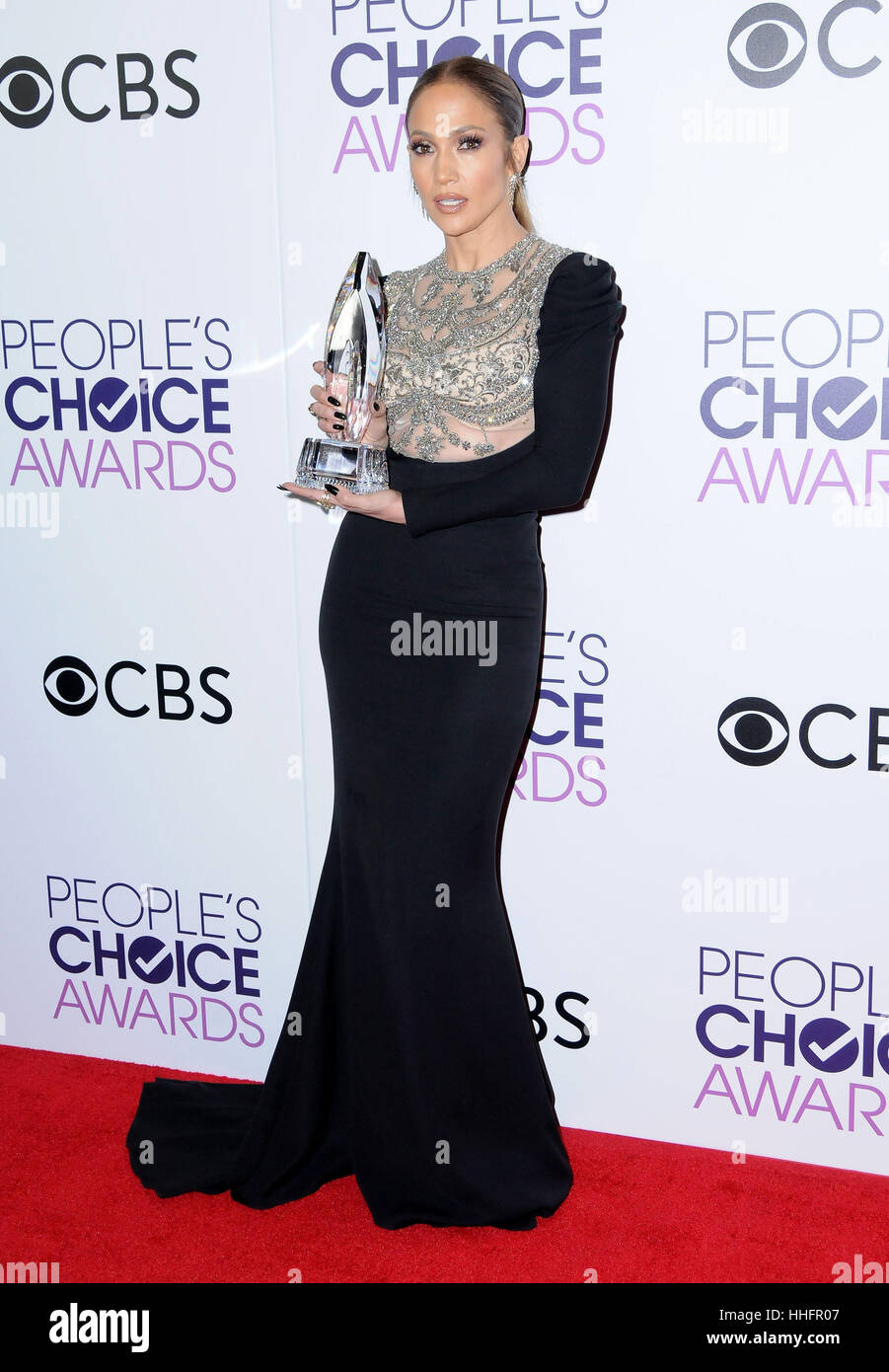 Los Angeles, CA, EE.UU. 18 ene, 2017. Jennifer López. 2017 People's Choice Awards 2017 Sala de prensa celebrada Imagen De Stock