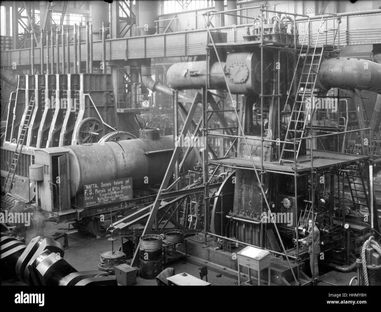1930 - 40. Fiat - Ansaldo grandes motores en fábrica genua, San Pier d'Arena, sanpierdarena, Italia. Imagen De Stock