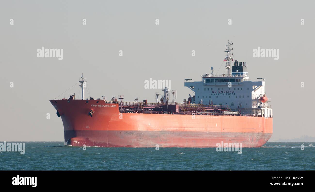Nueva Zelandia CPO quimiquero entrando agua de Southampton, Southampton, Hampshire, Inglaterra, Reino Unido. Foto de stock
