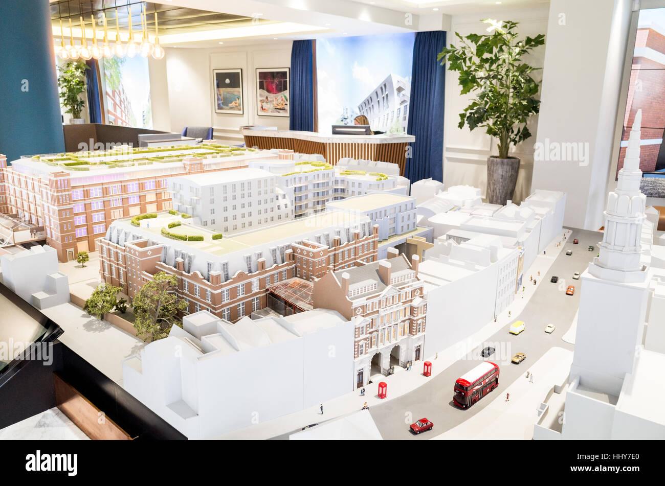 Maqueta arquitectónica del nuevo Islington Square el desarrollo inmobiliario en la suite de marketing, Londres, Imagen De Stock