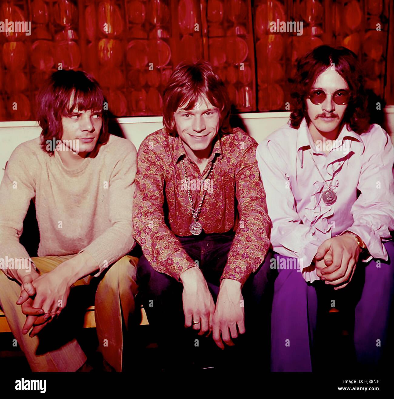Amor escultura el grupo de rock galés en 1968. Desde la izquierda: John Williams, Dave Edmunds, Rob Jones. Foto Foto de stock