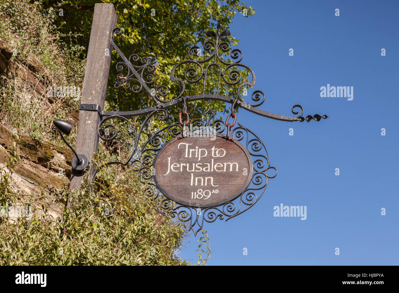 Pub sign, viaje a Jerusalén Inn, 1189AD, la hostería más antigua de Inglaterra, Nottingham, Inglaterra, Imagen De Stock