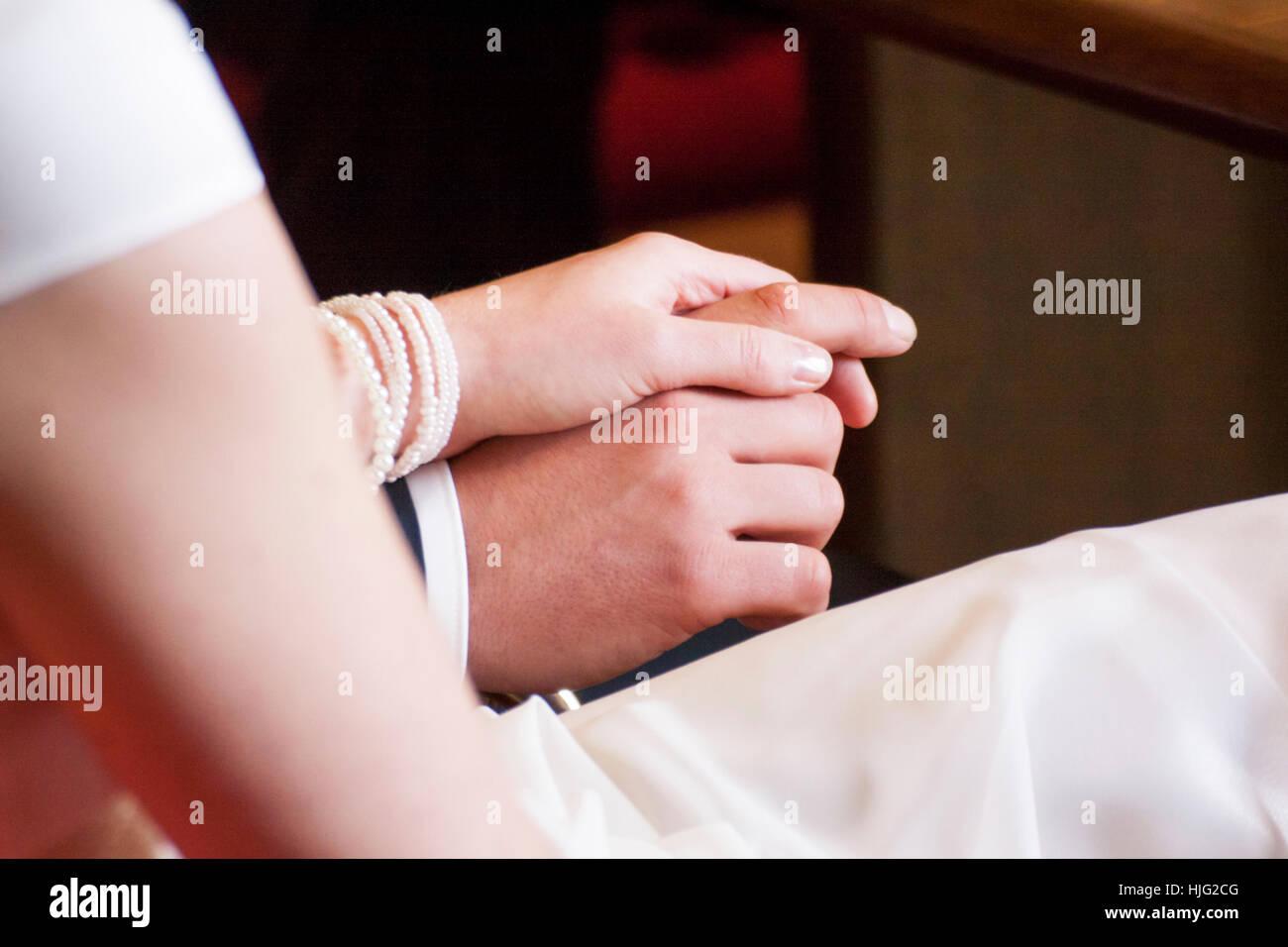 Novia,vestido de novia, ramo de novia,de pie,aniversario de bodas ...