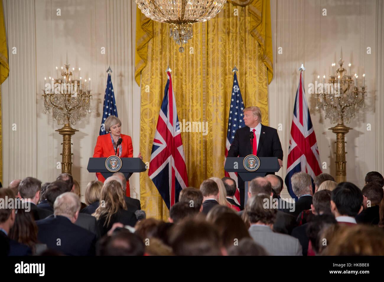 Washington, DC, 27 de enero de 2017, presidente Donald J. Trump, acoge el Primer Ministro del Reino Unido, Theresa Imagen De Stock