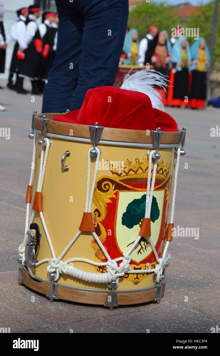 Percusionistas y trompetistas de Oristano - Cerdeña Foto de stock