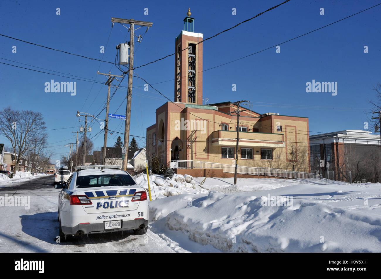 Gatineau, Canadá. 29 ene, 2017. Un policía Gatineau cruiser es aparcado fuera del Outaouais Centro islámico en la Foto de stock