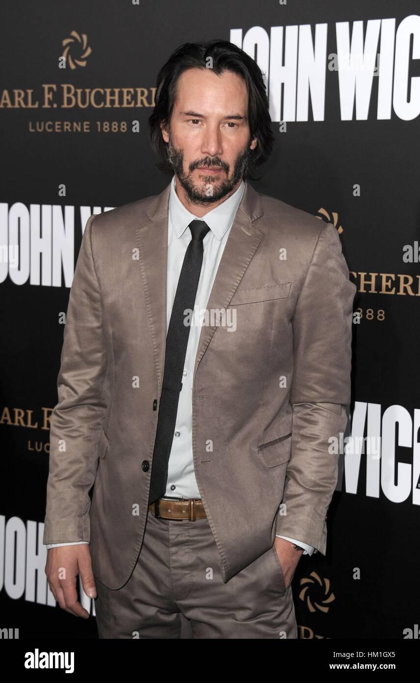 Los Angeles, CA, EE.UU. 30 ene, 2017. Keanu Reeves en la terminal de llegadas de JOHN WICK: Capítulo 2 Premiere, Foto de stock