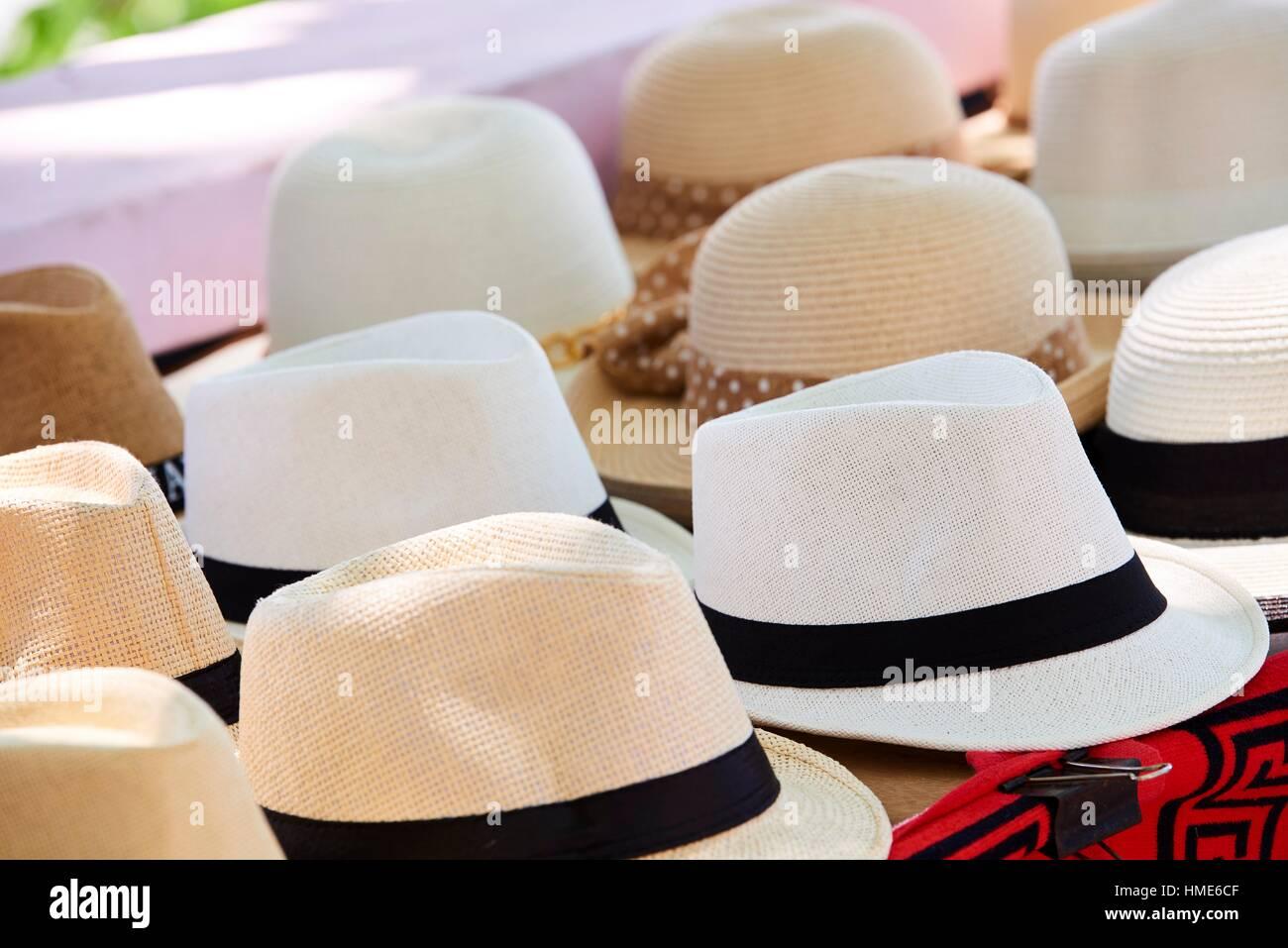 0190521f745f4 Panama Hats Panama Imágenes De Stock   Panama Hats Panama Fotos De ...