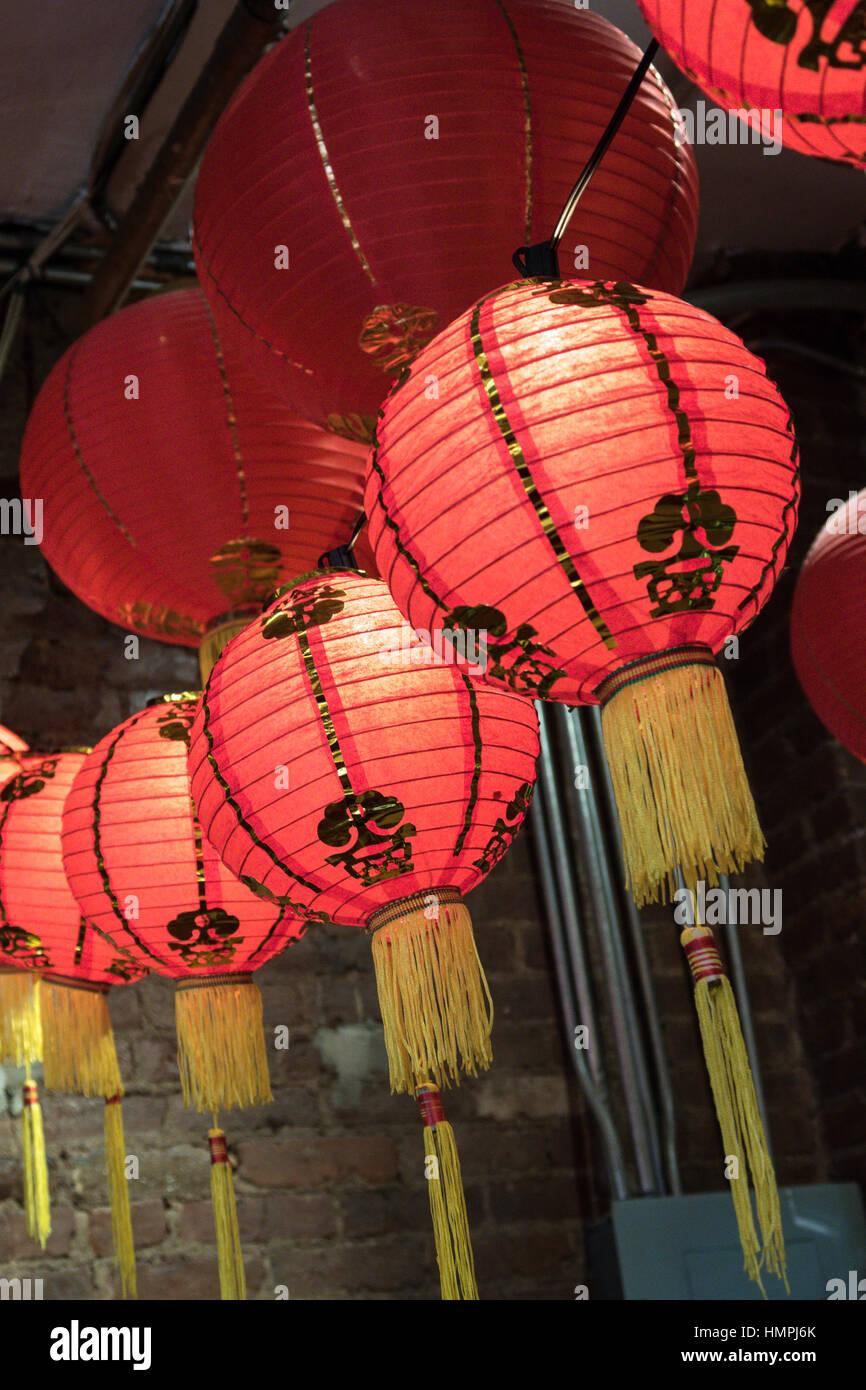 Pancartas y banderas, Chinatown, NUEVA YORK, EE.UU. Imagen De Stock