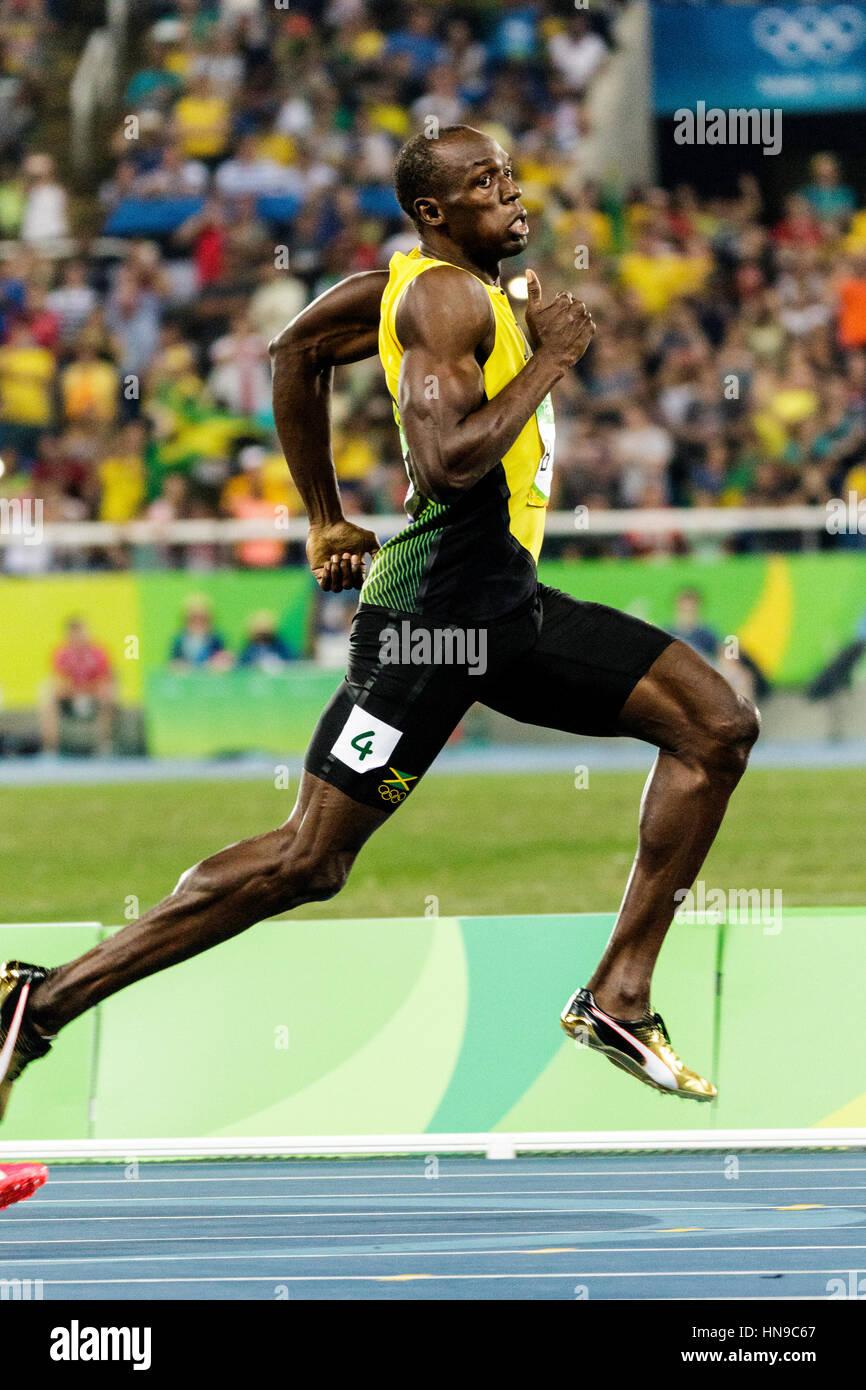 Río de Janeiro, Brasil. 17 de agosto de 2016. Atletismo, Usain Bolt (JAM) compitiendo en los hombres de la semifinales Foto de stock
