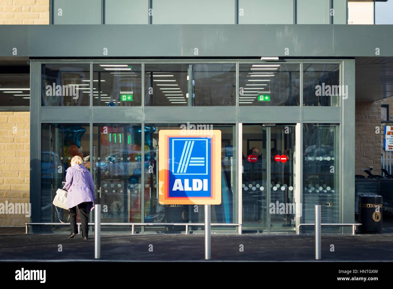 Store Exterior Imágenes De Stock & Store Exterior Fotos De Stock - Alamy