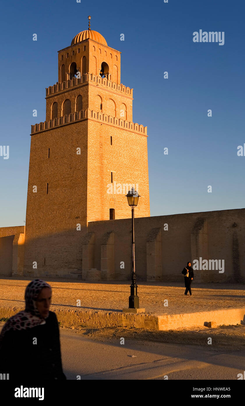 Túnez: kairouan.La gran mezquita. Mezquita fundada por sidi uqba en el siglo VI es el más antiguo lugar Imagen De Stock