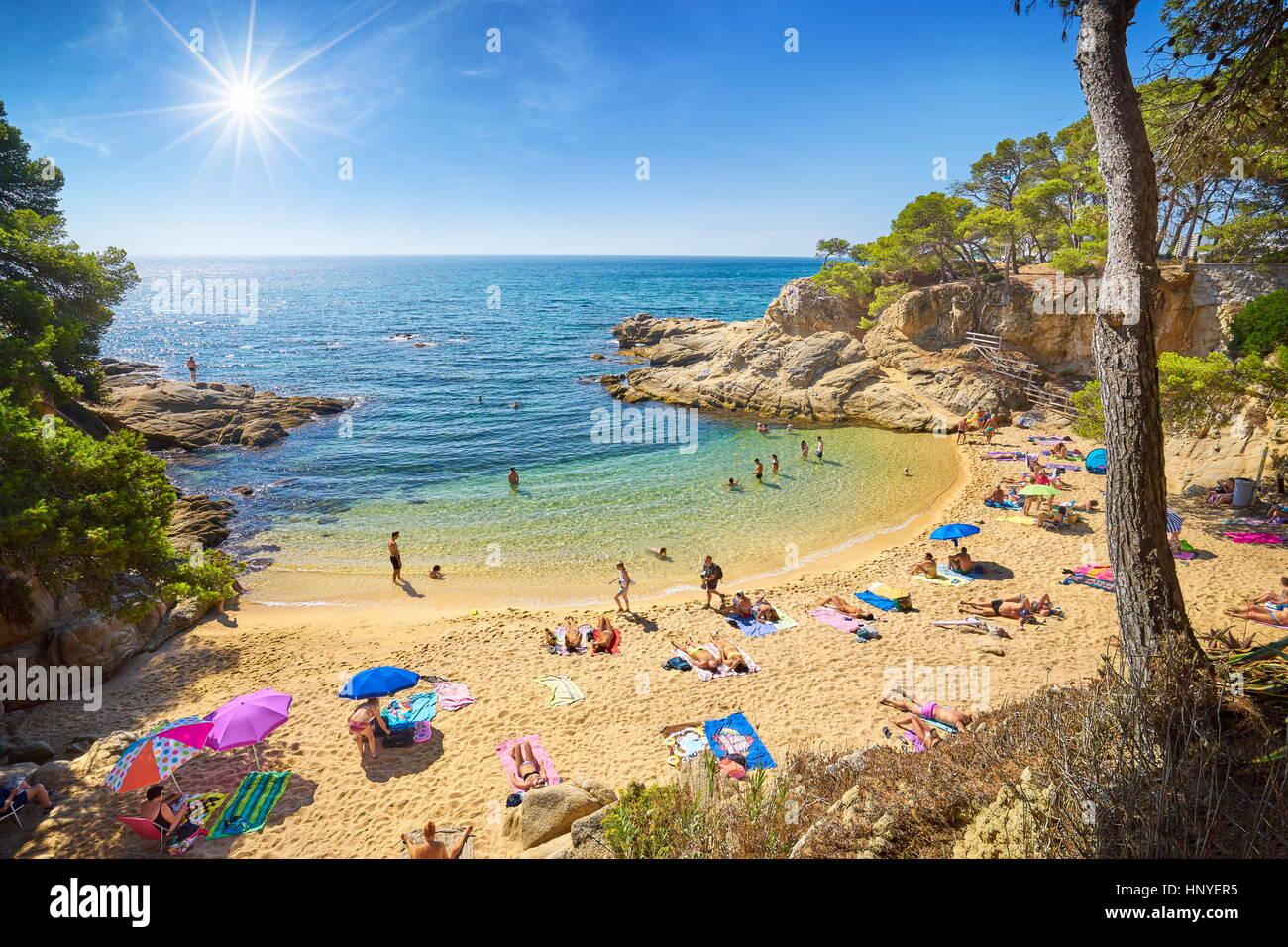 Los turistas de la Costa Brava, ESPAÑA Foto de stock