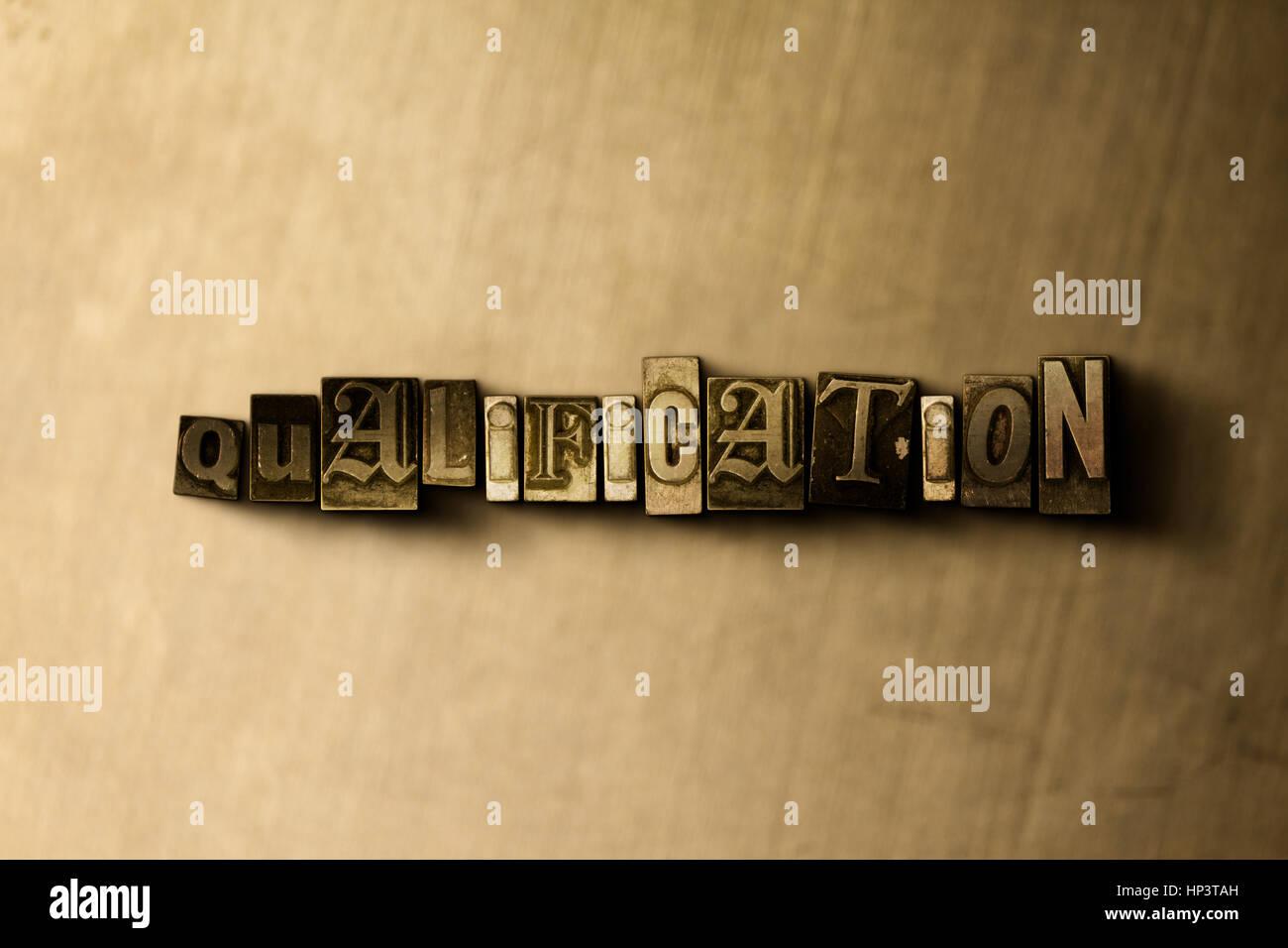 La calificación - close-up de sucio vintage tipografía palabra sobre metal como telón de fondo. Royalty Imagen De Stock