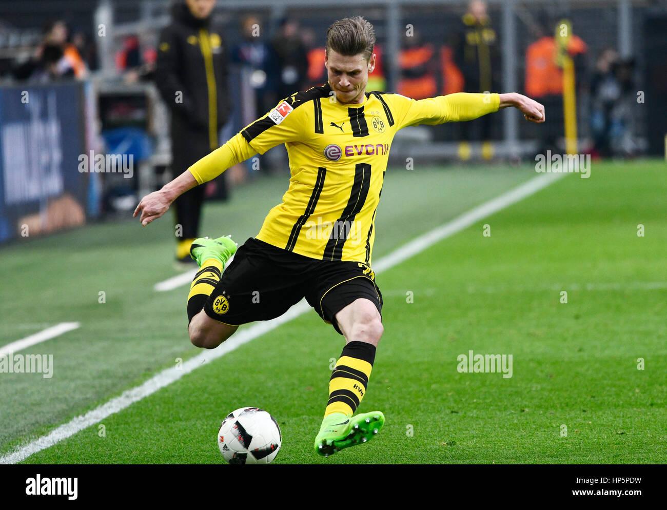 Parque Signal-Iduna, Dortmund, Alemania. 18 de febrero, 2017. La temporada 2016/17 de la Bundesliga alemana de fútbol,Foto de stock
