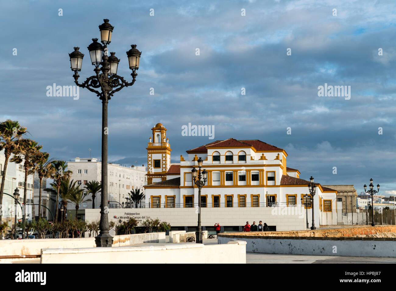 Promenade, Campo del Sur, La Mirandilla, centro de deportes, Cádiz, Andalucía, España Imagen De Stock