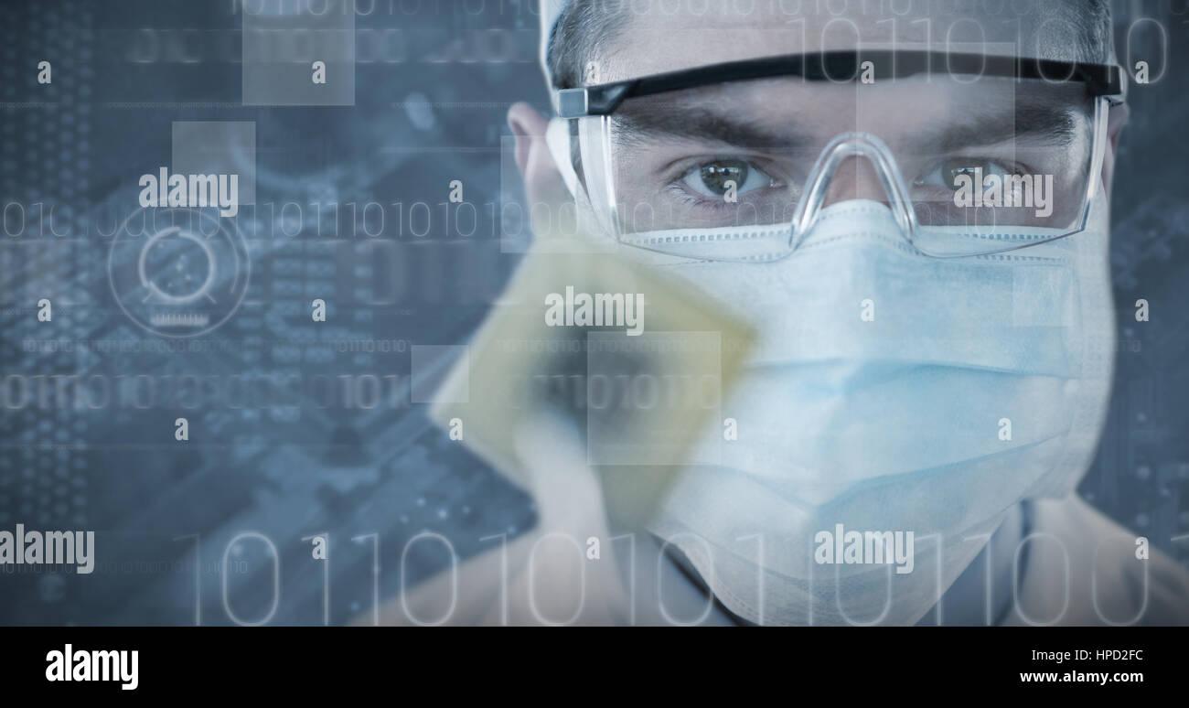 Circuito Quirurgico : Doctor en gafas protectoras y una mascarilla quirúrgica celebración