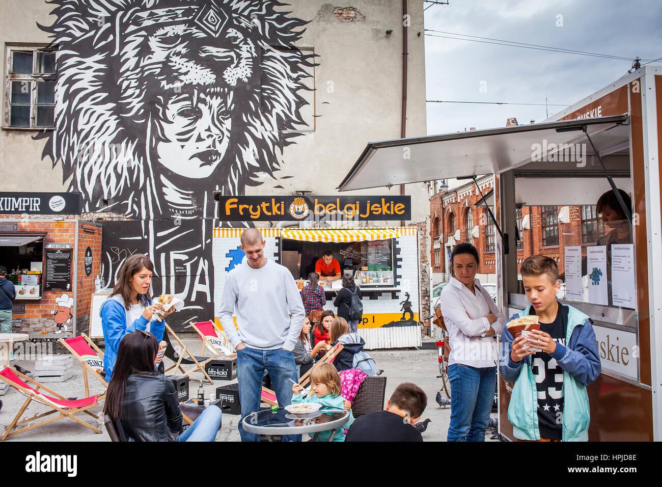 Skwer Judá, cada día, encuentro de camiones de alimentos, delante de Judá ilustraciones por Pil peled, Imagen De Stock