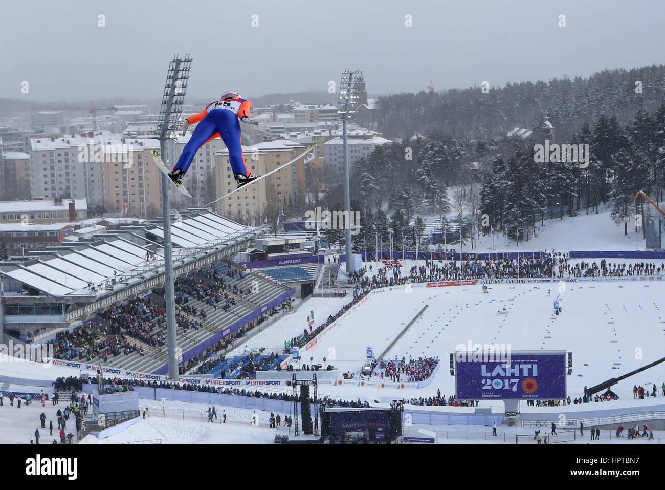 Lahti, Finlandia. 24 Feb, 2017. 24.02.2017 Lahti Stefan Kraft (AUT), campeonatos de Esquí Nórdico FIS, saltos de Foto de stock