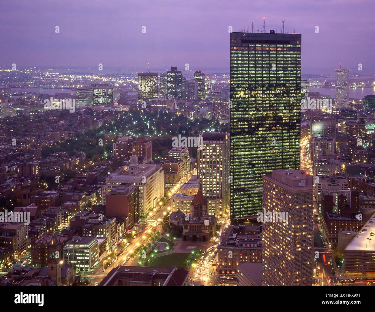 Vista de la ciudad al atardecer, Boston, Massachusetts, Estados Unidos de América Imagen De Stock