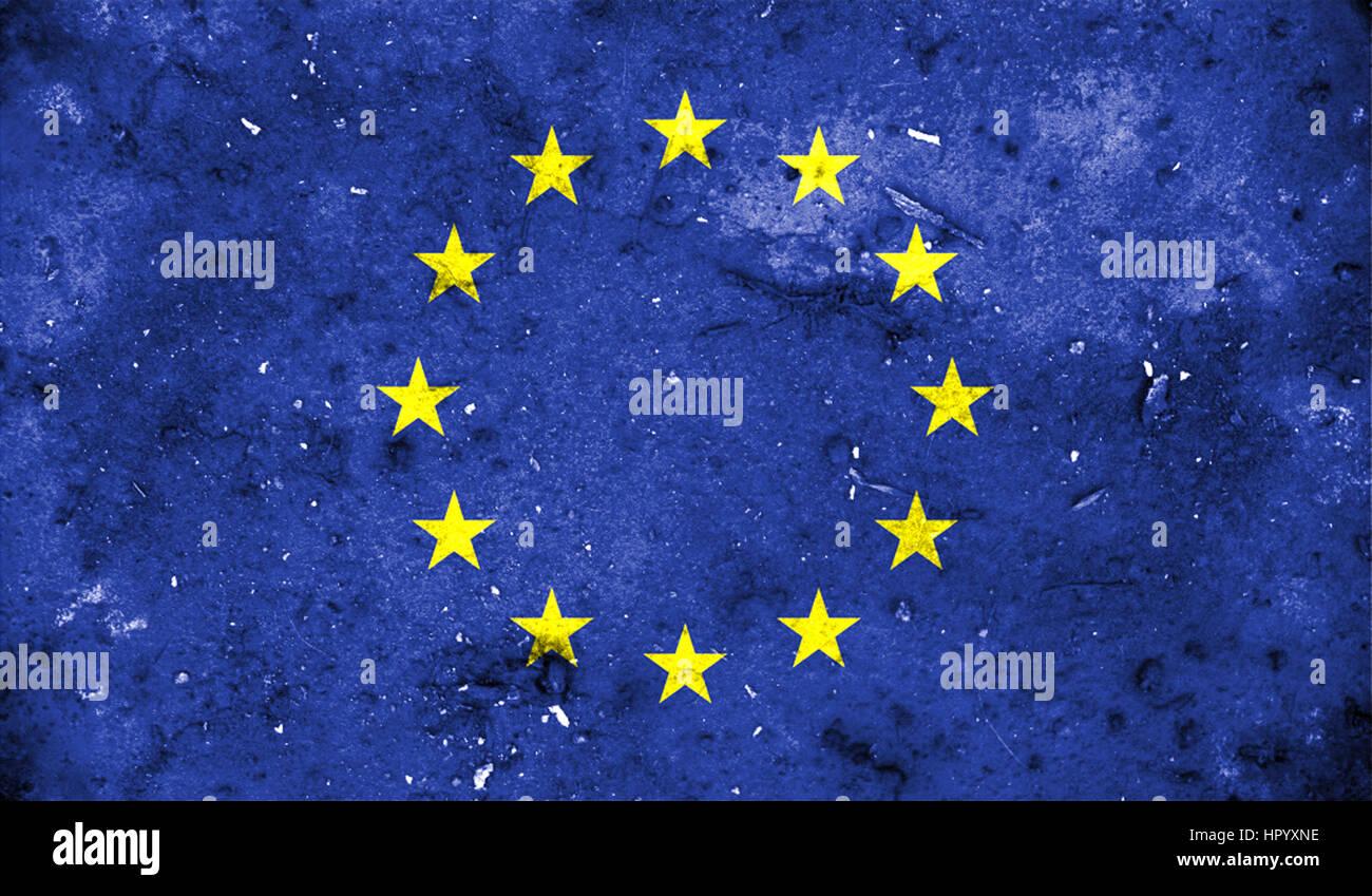 La bandera de la Unión Europea en la antigua retro efecto de fondo, cerrar Imagen De Stock