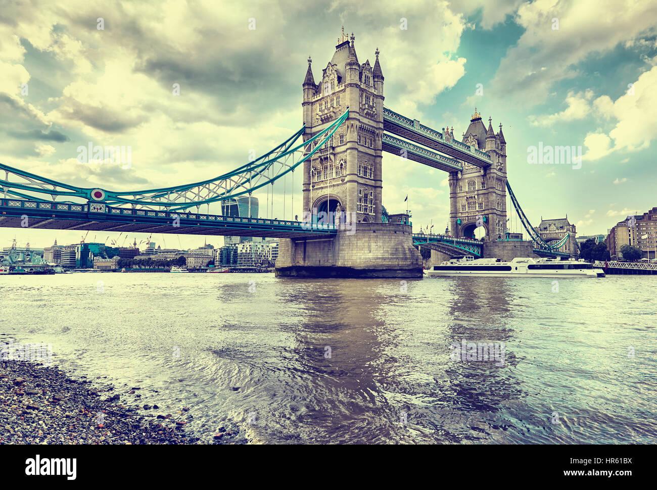 Tower Bridge, Londres, Reino Unido. Foto de stock