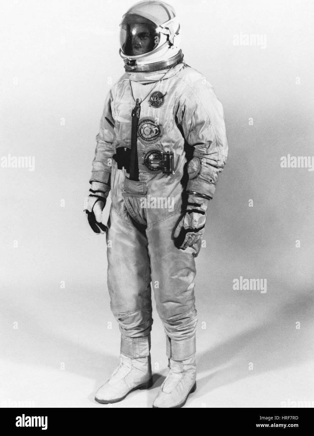 Traje espacial extravehicular, 1965 Imagen De Stock