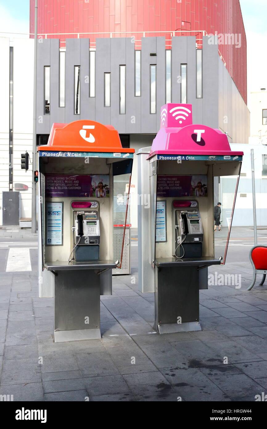Telstra teléfono público en Melbourne, Victoria, Australia Foto de stock