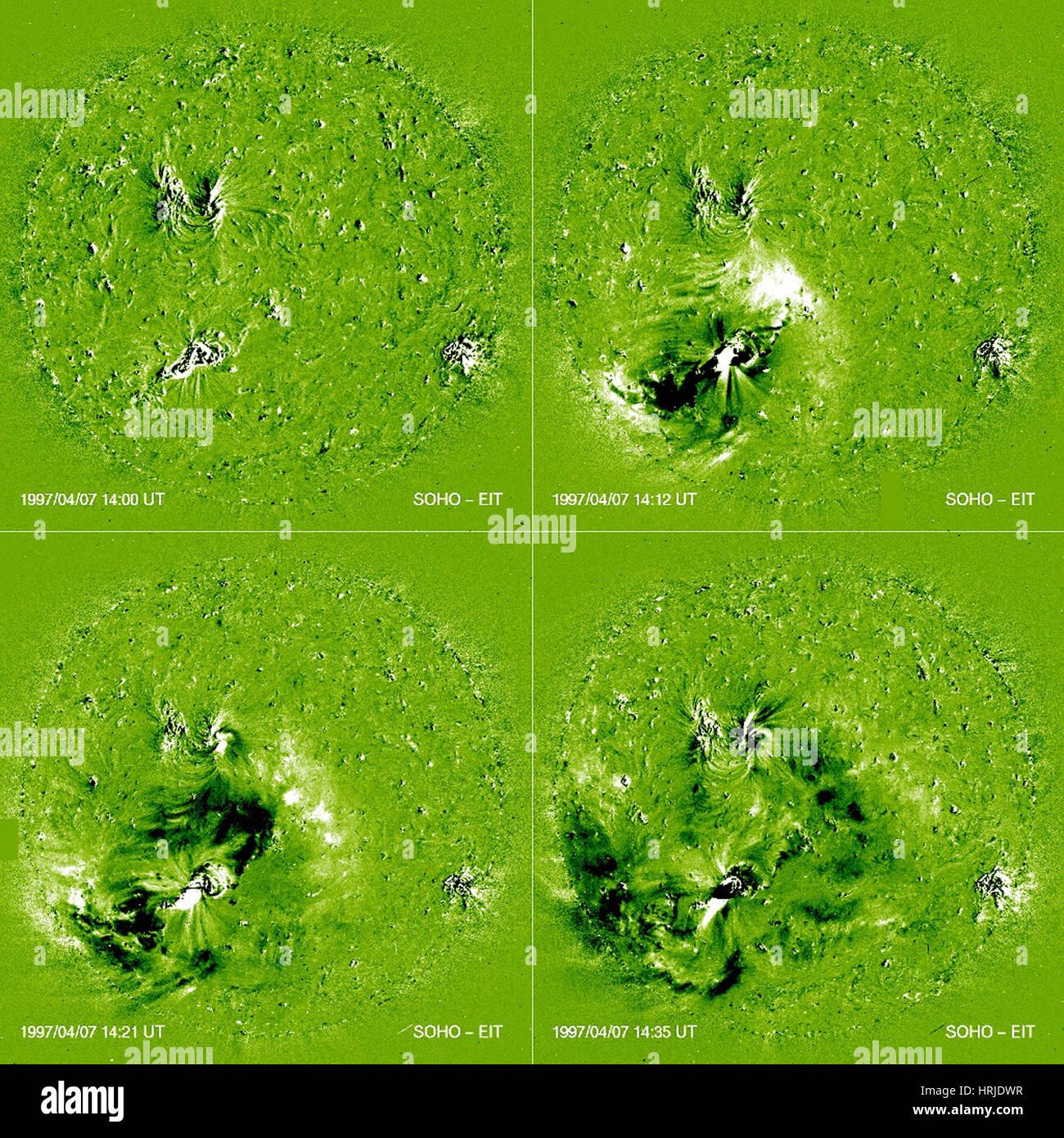 Las ondas de choque, Solar EIT, 1997 Imagen De Stock