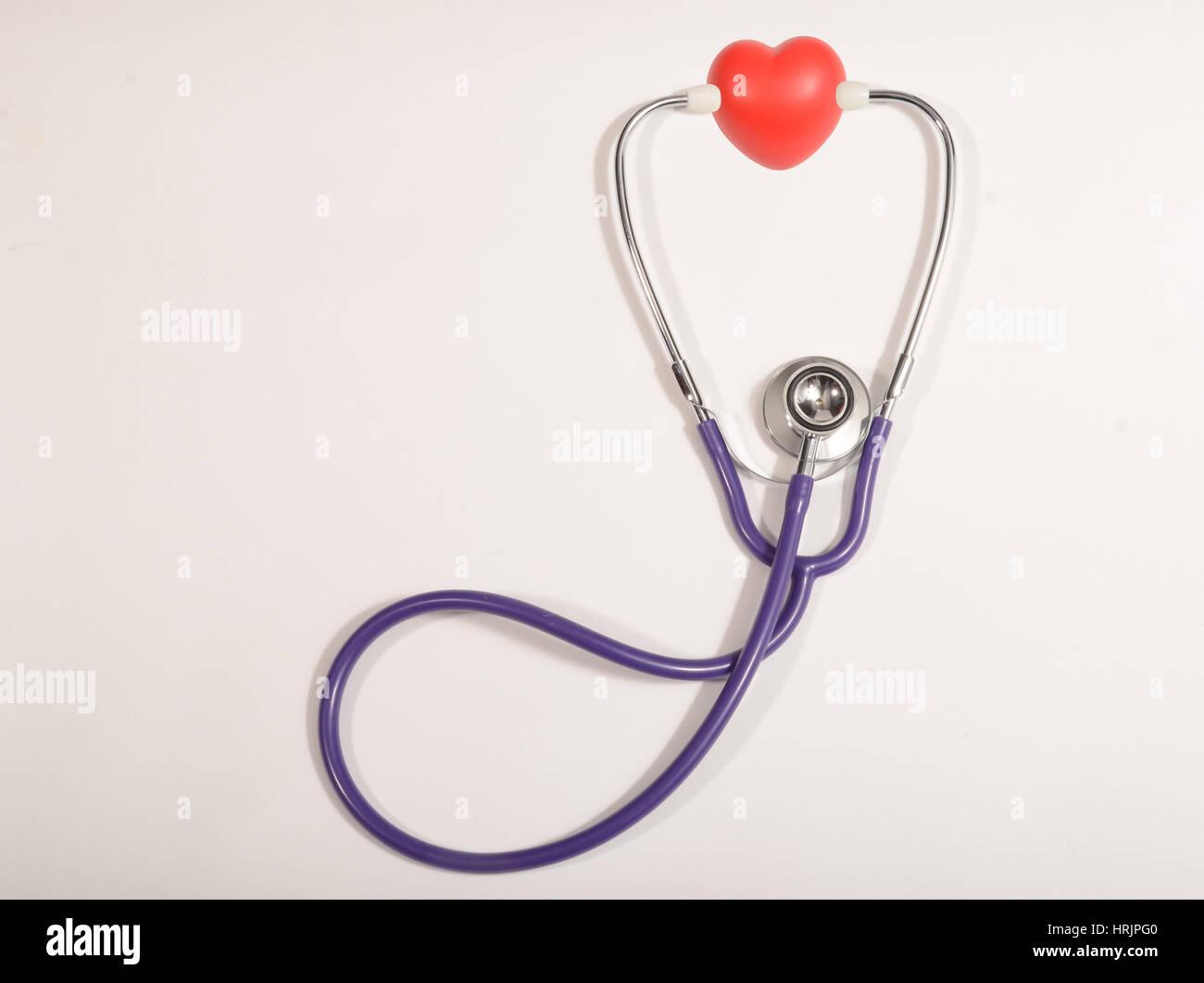 Corazón del estetoscopio, concepto Imagen De Stock