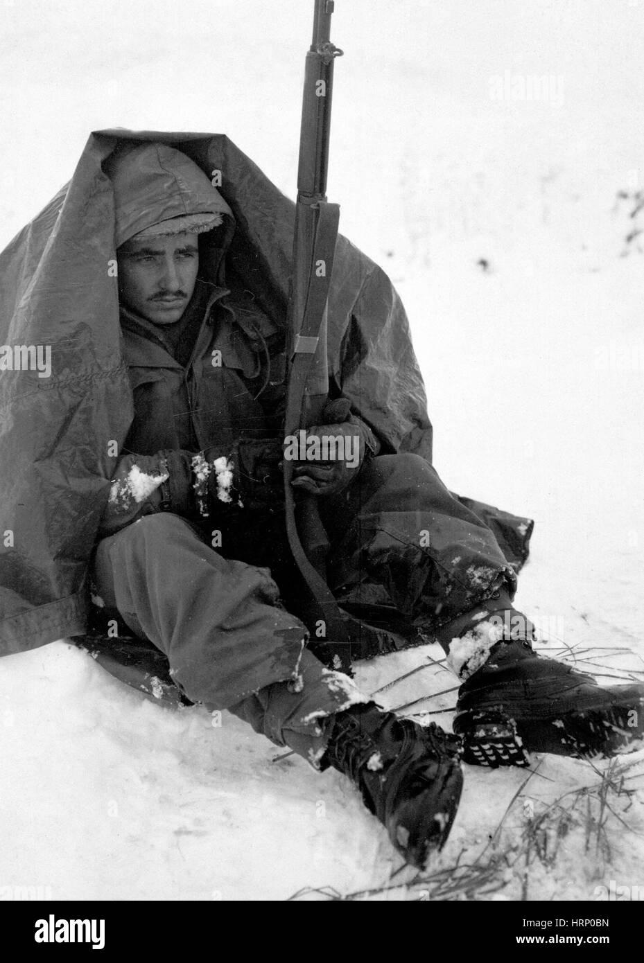 Guerra de Corea, luchando contra el frío, 1951 Foto de stock