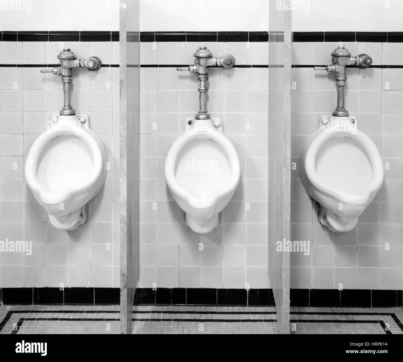 Habitación Mens urinarios, 1997 Imagen De Stock