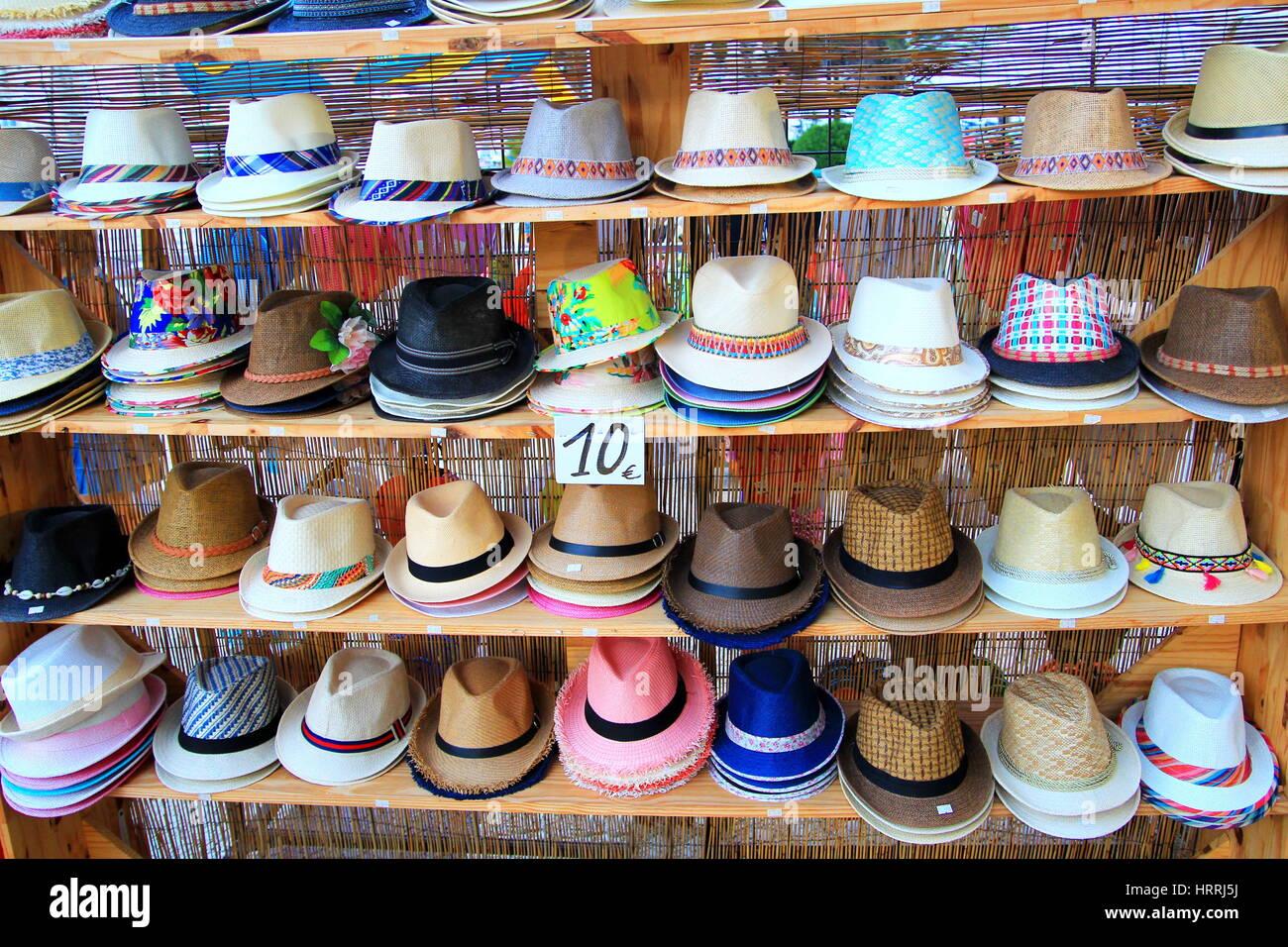 Panama Hats For Sale Imágenes De Stock   Panama Hats For Sale Fotos ... 58613e93e98
