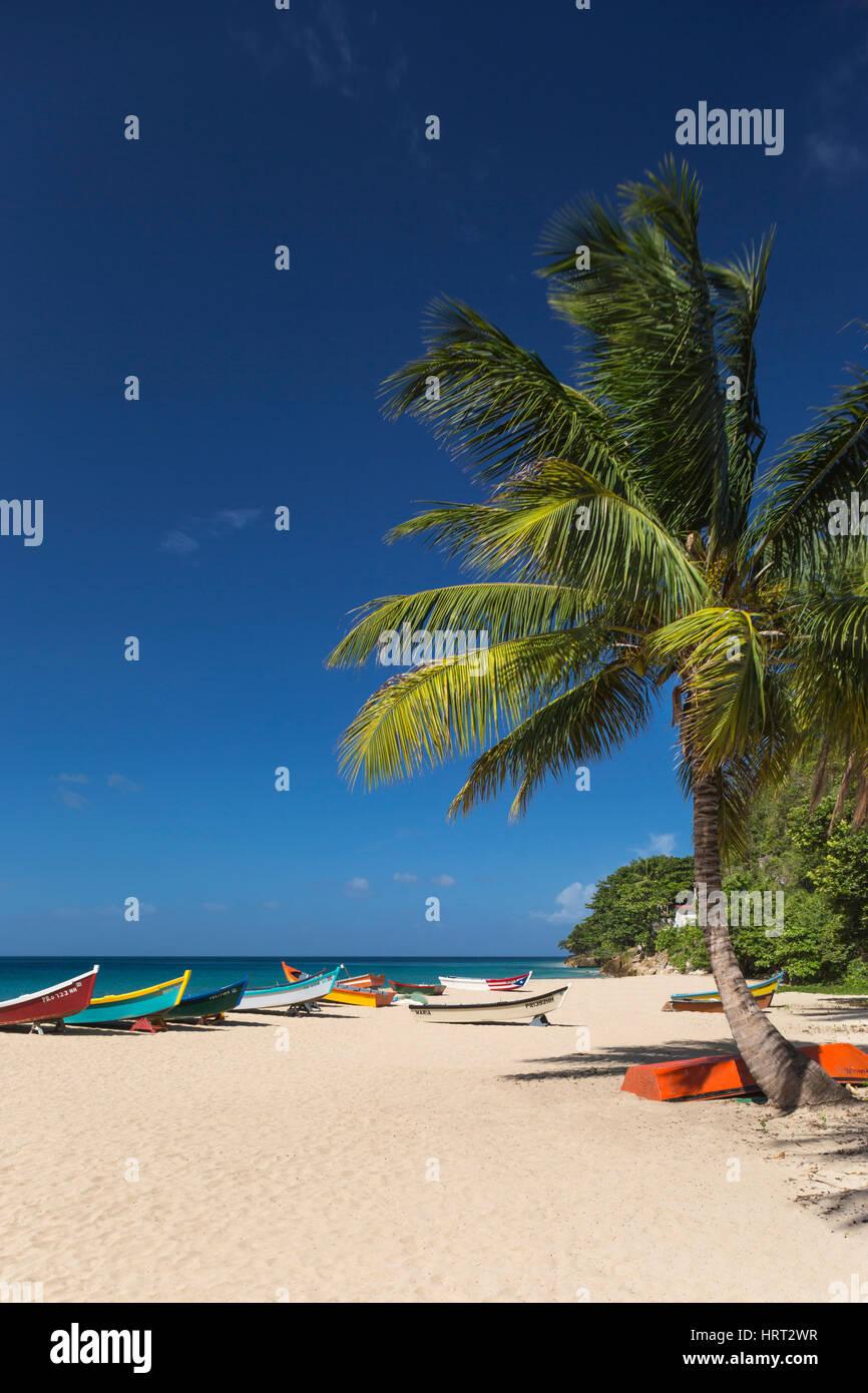 Pintadas YOLA barcos pesqueros Crash Boat Beach AGUADILLA PUERTO RICO Imagen De Stock