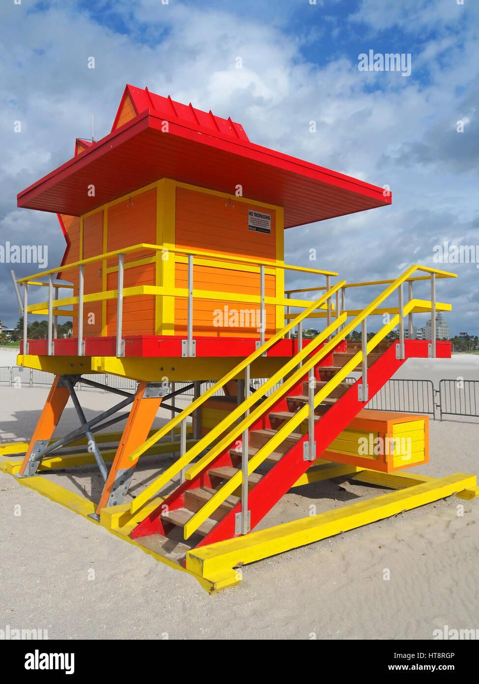 Estación de vigilante de la playa sur de Miami Beach. Foto de stock