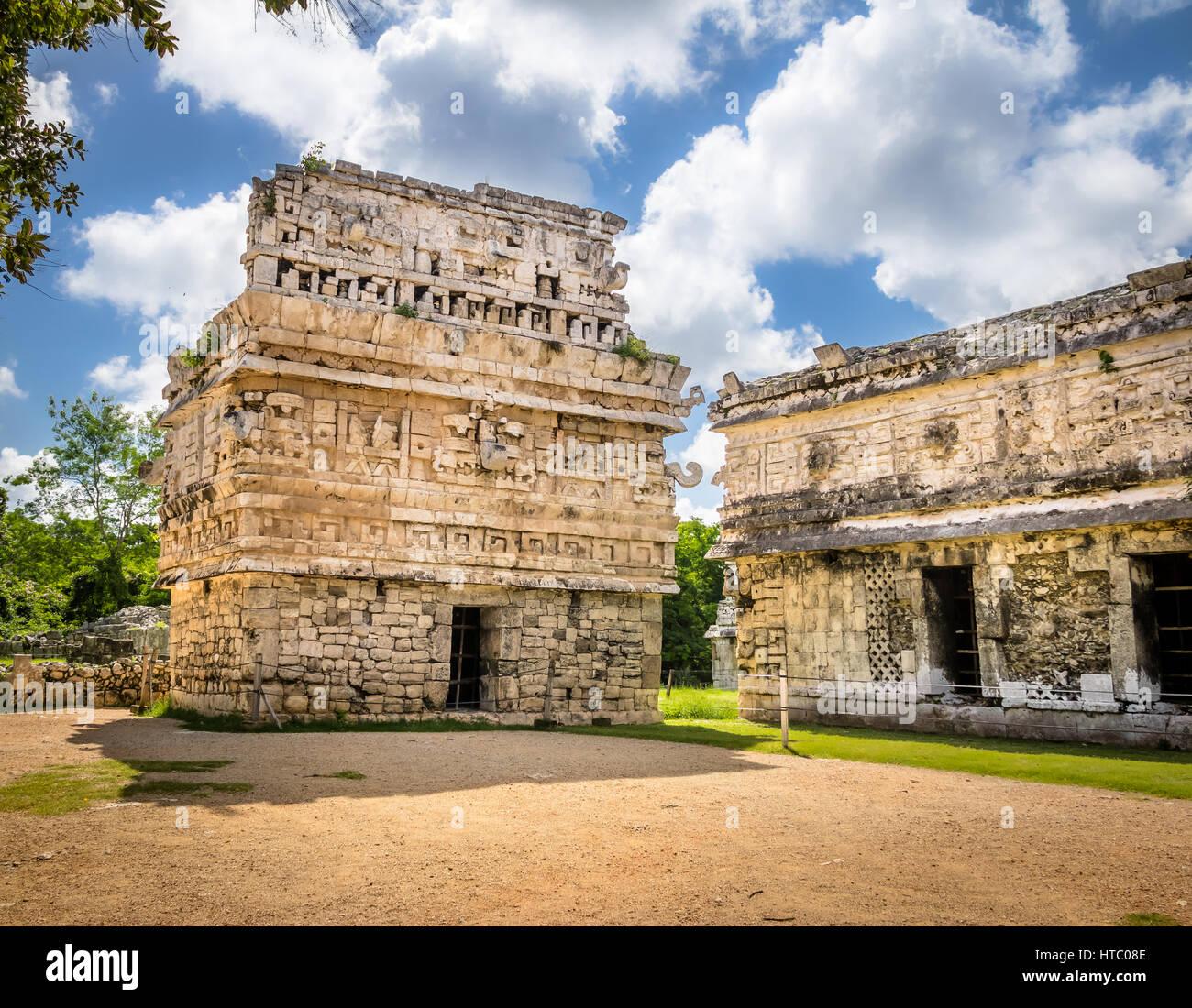 Edificio de la Iglesia en Chichen Itza, Yucatán, México. Imagen De Stock