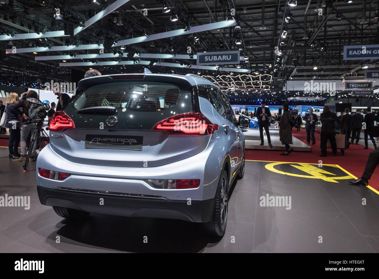 El Opel Corsa en el Salón de Ginebra, Suiza internacional coches y motor show Imagen De Stock