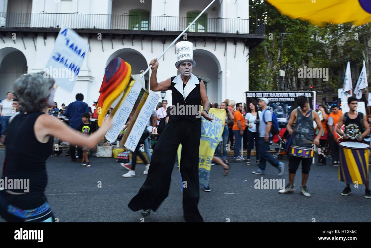 Buenos Aires Argentina 8 De Marzo De 2017 Manifestación Durante Una Protesta Conmemorating El Día Internacional De La Mujer El 8 De Marzo De 2017 En Buenos Aires Argentina Fotografía De Stock Alamy