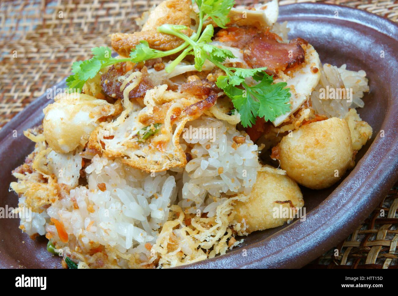 Comida vietnamita, salados o xoi subgum xoi es popular de Vietnam, alimentos para el desayuno o la merienda, también Foto de stock