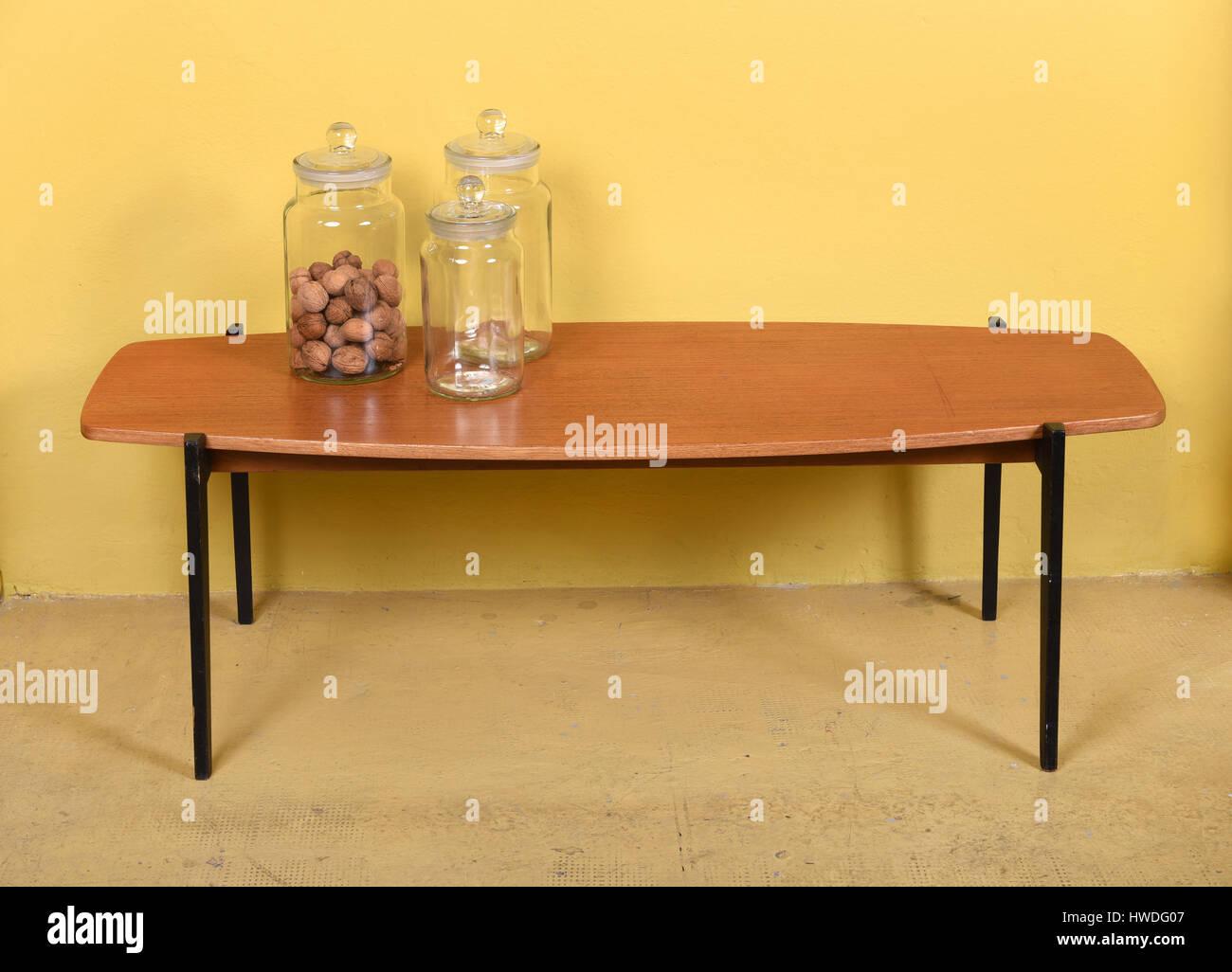 Excepcional Turcas Para Muebles Mesas De Café Viñeta - Muebles Para ...