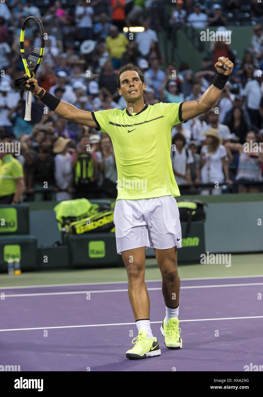 Miami, FL, EEUU. 26 Mar, 2017. Marzo, 26 - MIAMI, FL: Rafael Nadal(ESP) celebrando aquí Philipp Kohlschreiber(GER) Foto de stock