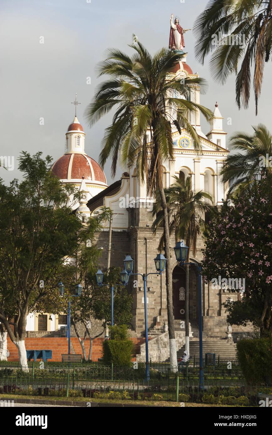 Ecuador, Cotacachi Cotacachi, Plaza, iglesia Imagen De Stock