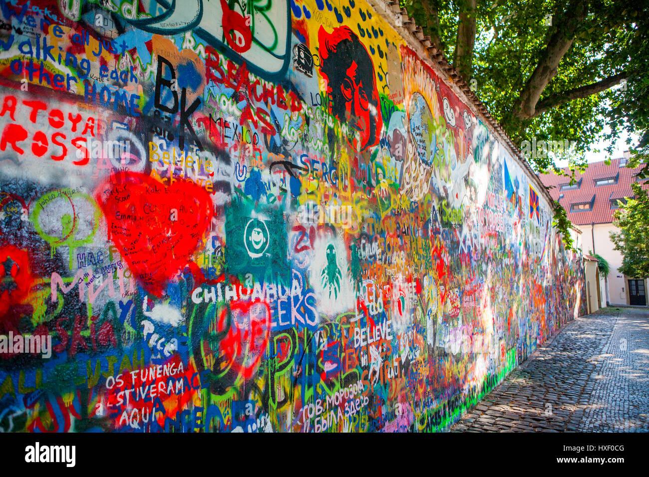 Muro de John Lennon, Praga, República Checa Foto de stock