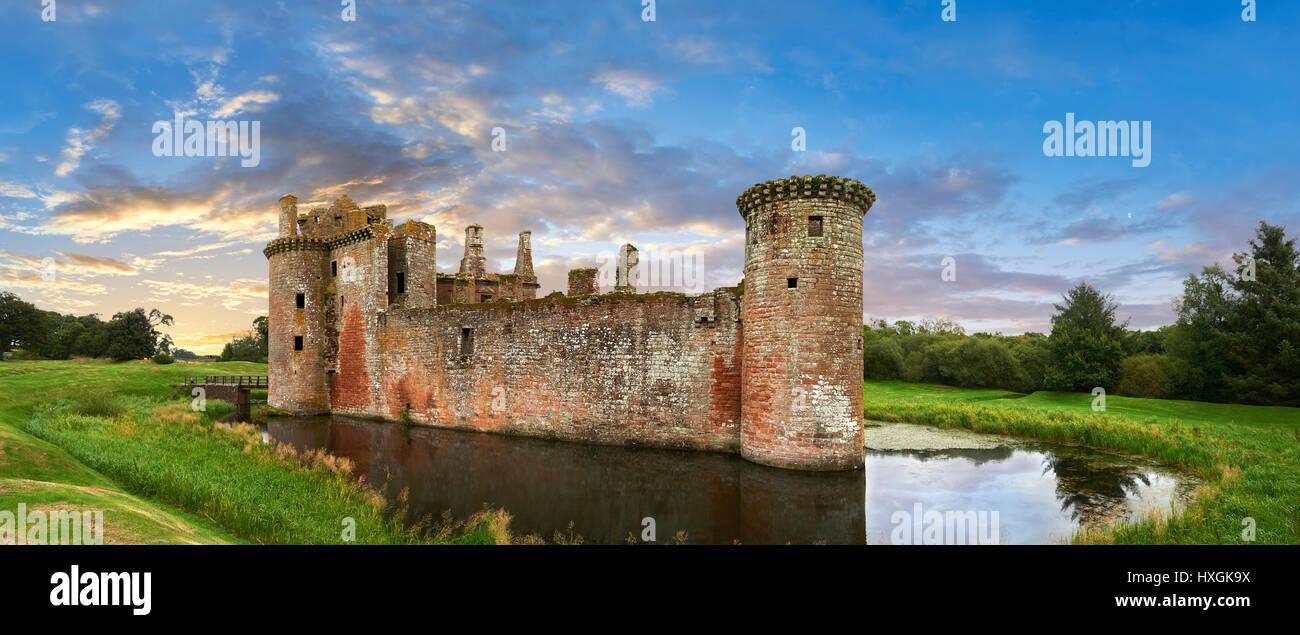El exterior del castillo de Caerlaverock, Dumfries Galloway, Escocia Imagen De Stock