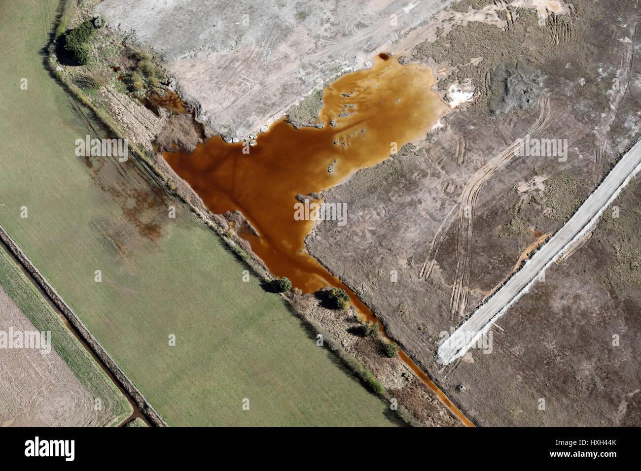 Vista aérea de la fábrica de productos químicos de la contaminación, UK Imagen De Stock