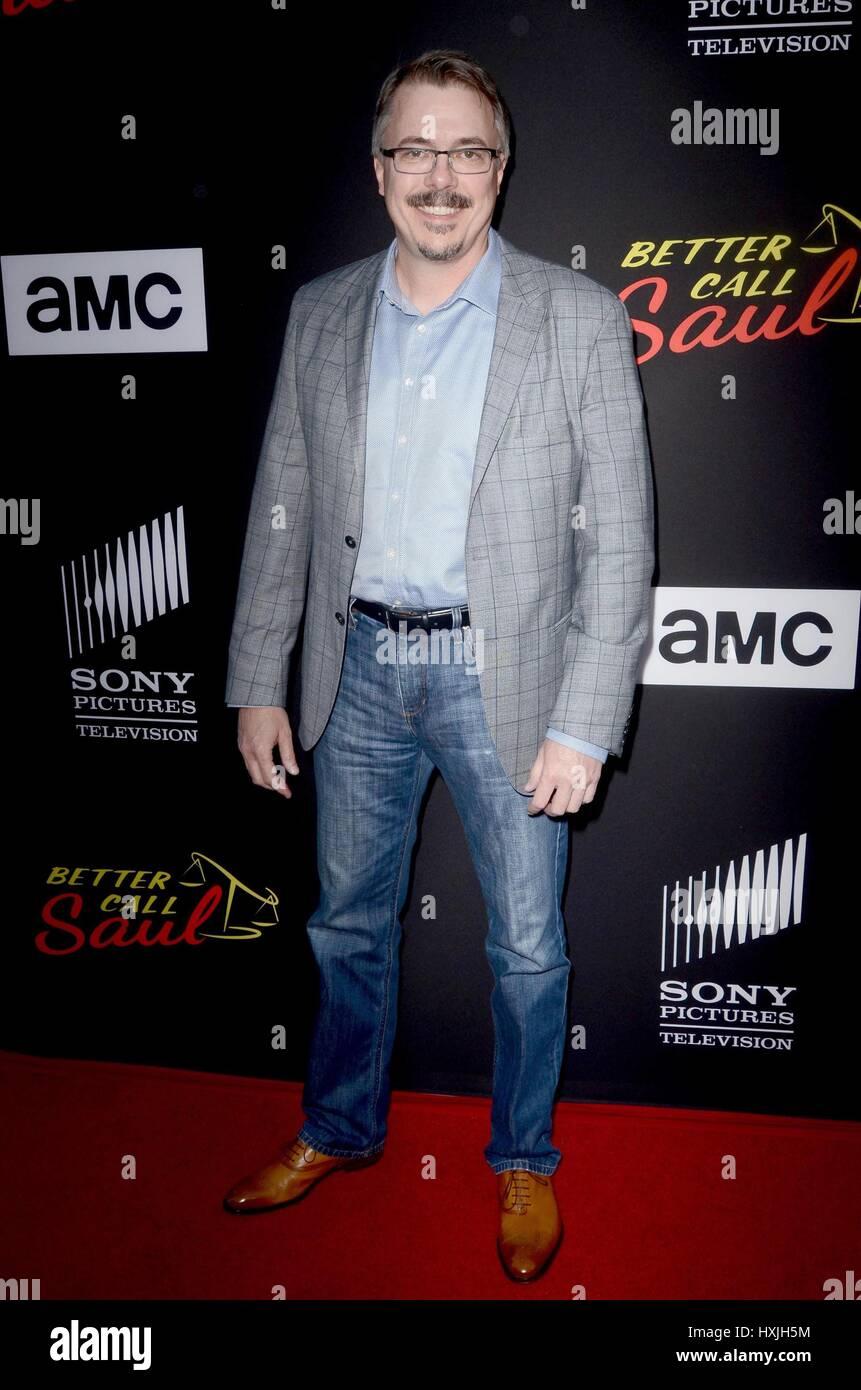 Culver City, CA. 28 Mar, 2017. Vince Gilligan en la terminal de llegadas para mejor CALL SAUL Season 3 Premiere, Imagen De Stock