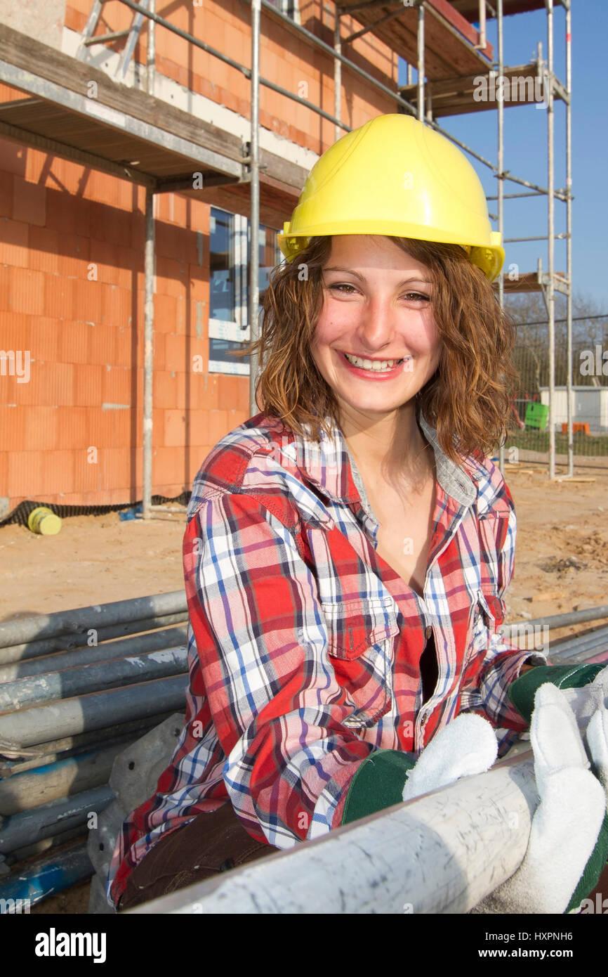 A La Mujer Como Un Obrero De La Construccion Frau Als Bauarbeiterin