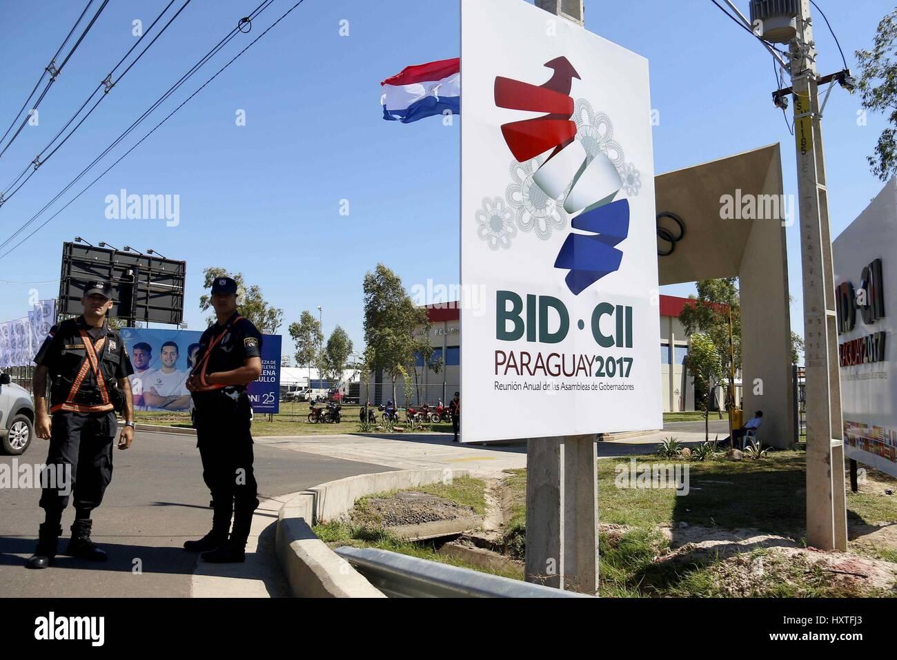 Una vista de la entrada del Comité Olímpico paraguayo en la 58ª Reunión  Anual del Banco Interamericano de Desarrollo (BID) tiene lugar en Luque 4b63c94ad1b19