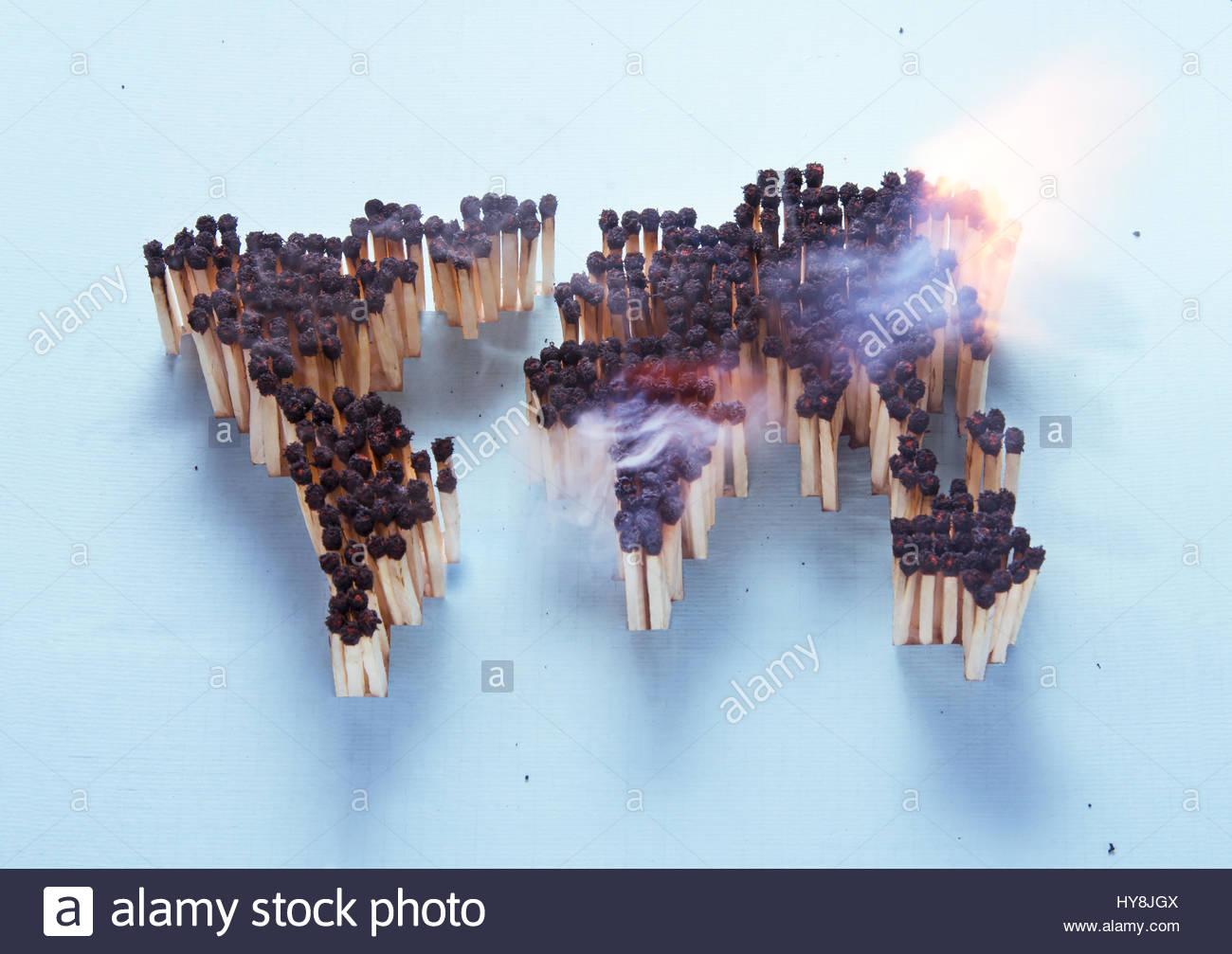Quema mapa mundial compuesta de coincidencias Imagen De Stock